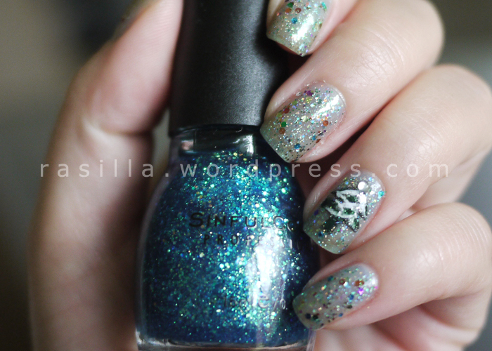 Holiday Nails: American Apparel Supernova